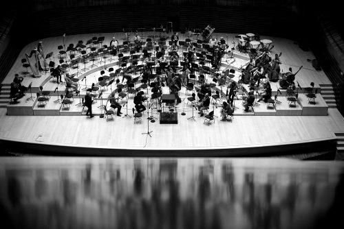 03new_02_paula-kwiecien-orkiestra-w-odbiciu